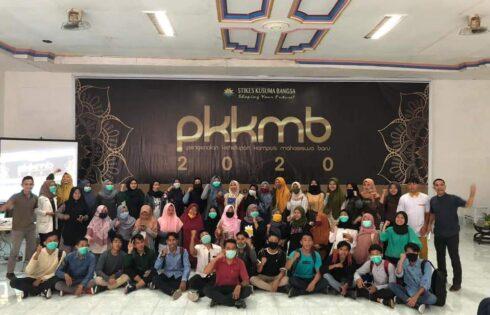 Anak KPM PKH mendapat Beasiswa di STIKES Kusuma Bangsa