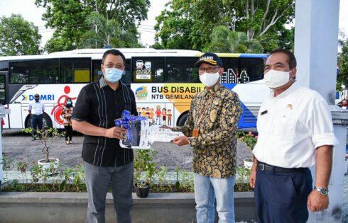 Gubernur Zul Luncurkan Bus Disabilitas NTB Gemilang