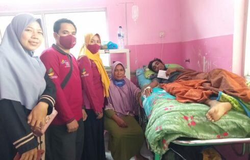 Gubernur NTB, Bantu Sapri Pengidap Penyakit Komplikasi